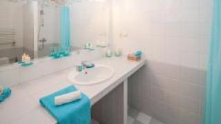 Что делать, если в ванной «бьет током»