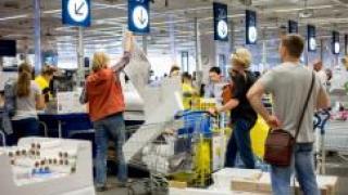 IKEA в Петербурге начнет принимать старую мебель на переработку