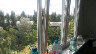 Где заказать окна на балкон недорого?