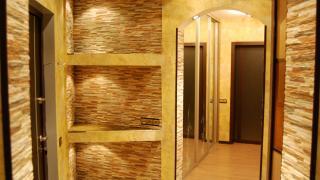 Ремонт стен в прихожей: советы и рекомендации