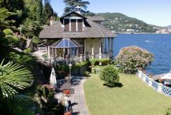 Недвижимость на берегу озера