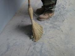 """Обеспылить бетон можно при помощи пропитки """"Монолит-20М"""""""