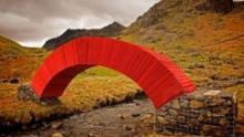Пешеходный мост из бумаги появился в Великобритании