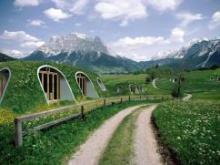 Студия Green Magic Homes представили эко-дома из усиленного полимера