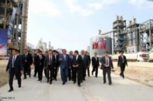 В Таджикистане возросли цены на местный кирпич и цемент